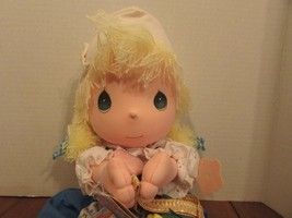 "Precious Moments DUTCH  Doll the worlds children YELLOW yarn  Hair 13"" ULLA - $31.68"
