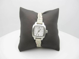 Women's Fossil 50m  Water Resistant Analog Dial Watch (B592) JR 9061 - $24.70