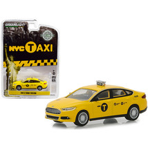 2013 Ford Fusion NYC Taxi (New York City) Yellow Hobby Exclusive 1/64 Di... - $13.15