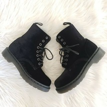 NEW Dr. Martens Velvet Page Size 6 Women's Combat Boots Black 8 Eye - $140.25