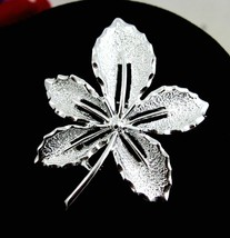 "IVY LEAF Sarah Coventry BROOCH Vintage PIN Silvertone 1 7/8"" Signed Cov ... - $14.99"