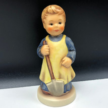 HUMMEL GOEBEL FIGURINE porcelain germany Garden Treasures club shovel 72... - $47.52