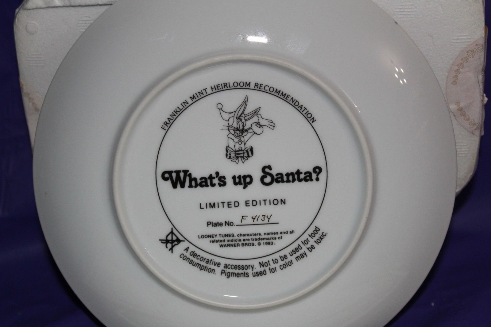 Franklin Mint Looney Tunes What's Up Santa? Warner Bros. Collector Plate