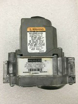Honeywell VR8205S2858 Furnace Gas Valve 20466802 used FREE shipping / returns G9 - $32.63
