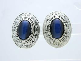 Vintage Blue Glass Cabochon Southwestern Design Clip Earrings Silver Tone - $19.80