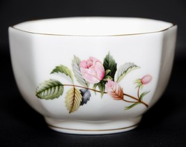 Wedgwood Bone China Hathaway Rose England Trinket Dish Bowl Gold Trim Vi... - $8.42