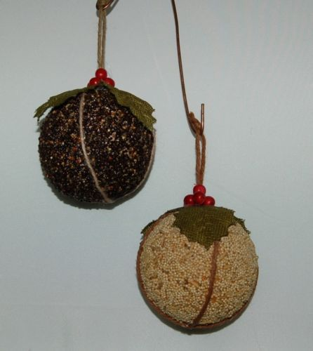 Sage Company XAO13973 Bird Seed Ornaments Set of 2 Burlap Green Leaves