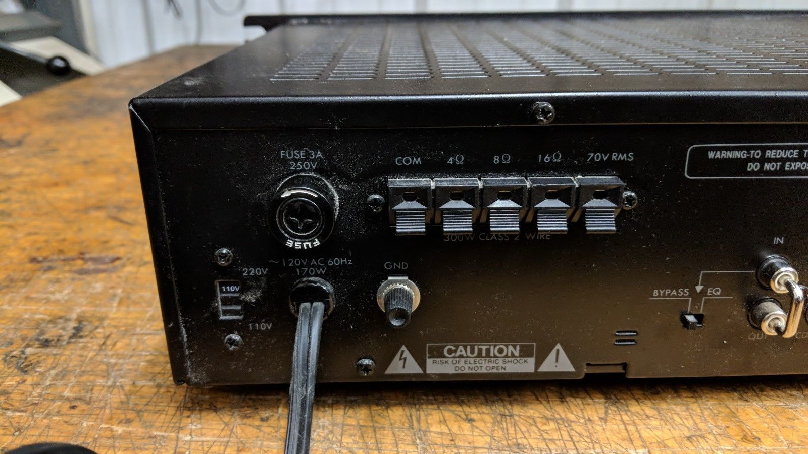 Pyramid PA305 300 Watt PA Amplifier 70V Output & Mic Talk Over