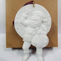 Hallmark Portraits in Bisque Collection Norman Rockwell Filling the Stockings Sh - $4.71