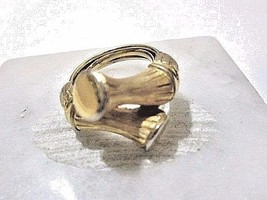 VINTAGE ORIENTAL ASIAN CHINESE BAMBOO RING GOLD TONE TEXTURED SIZE 5.25 ... - $24.00