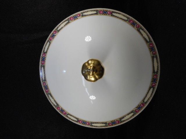 "Royal Bayreuth ROB 72 English China 11"" Covered Casserole with Handles"