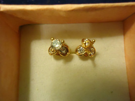 Gp Cz Dragonfly Studs Combined Shipping - $2.27