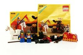 Lego Castle Lion Knights Set 6039 Twin Arm Launcher 100% complete + inst... - $59.39