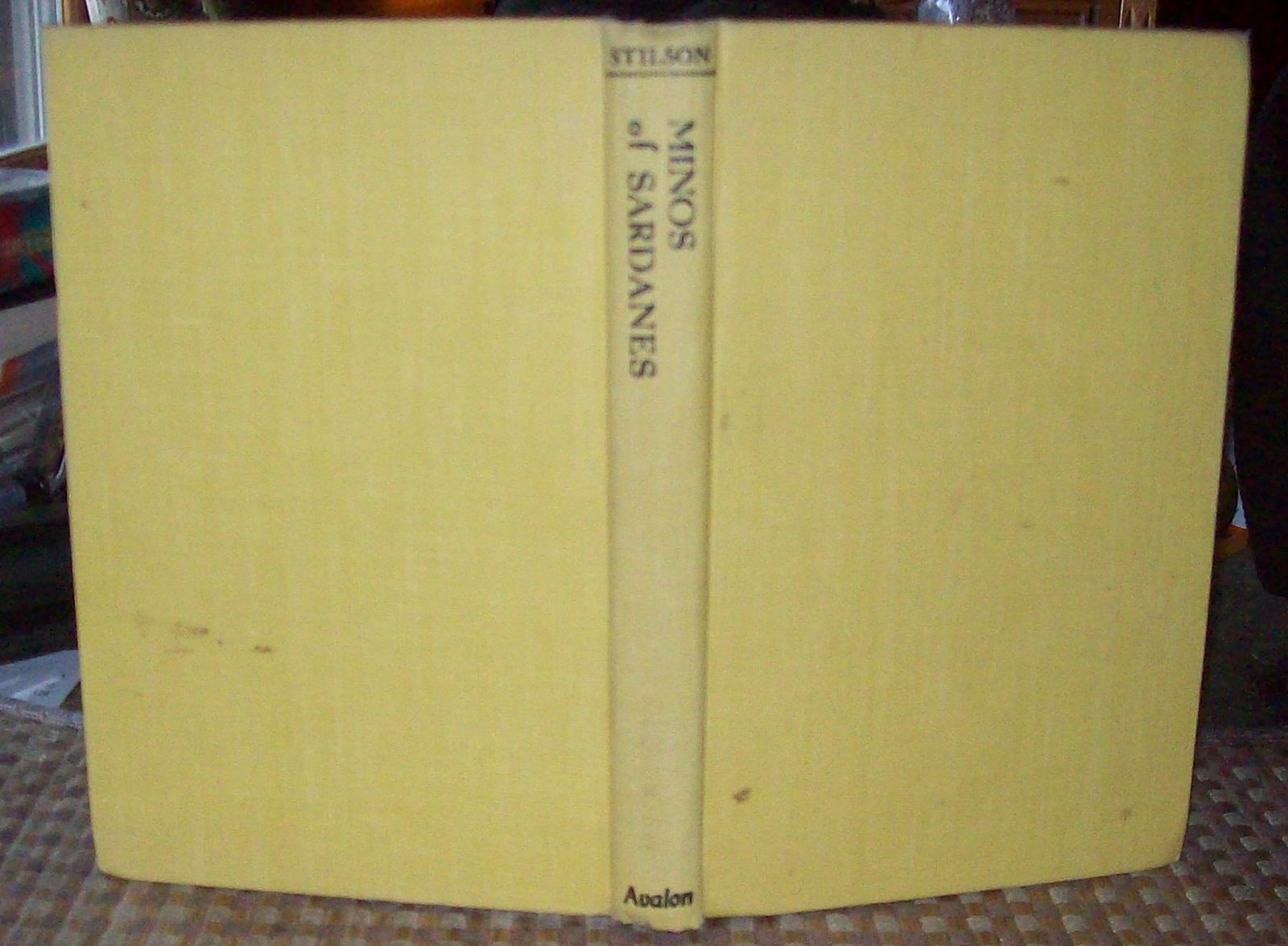 Minos of Sardanes by Charles Stilson 1966 HB Emerald in the Antacrtic