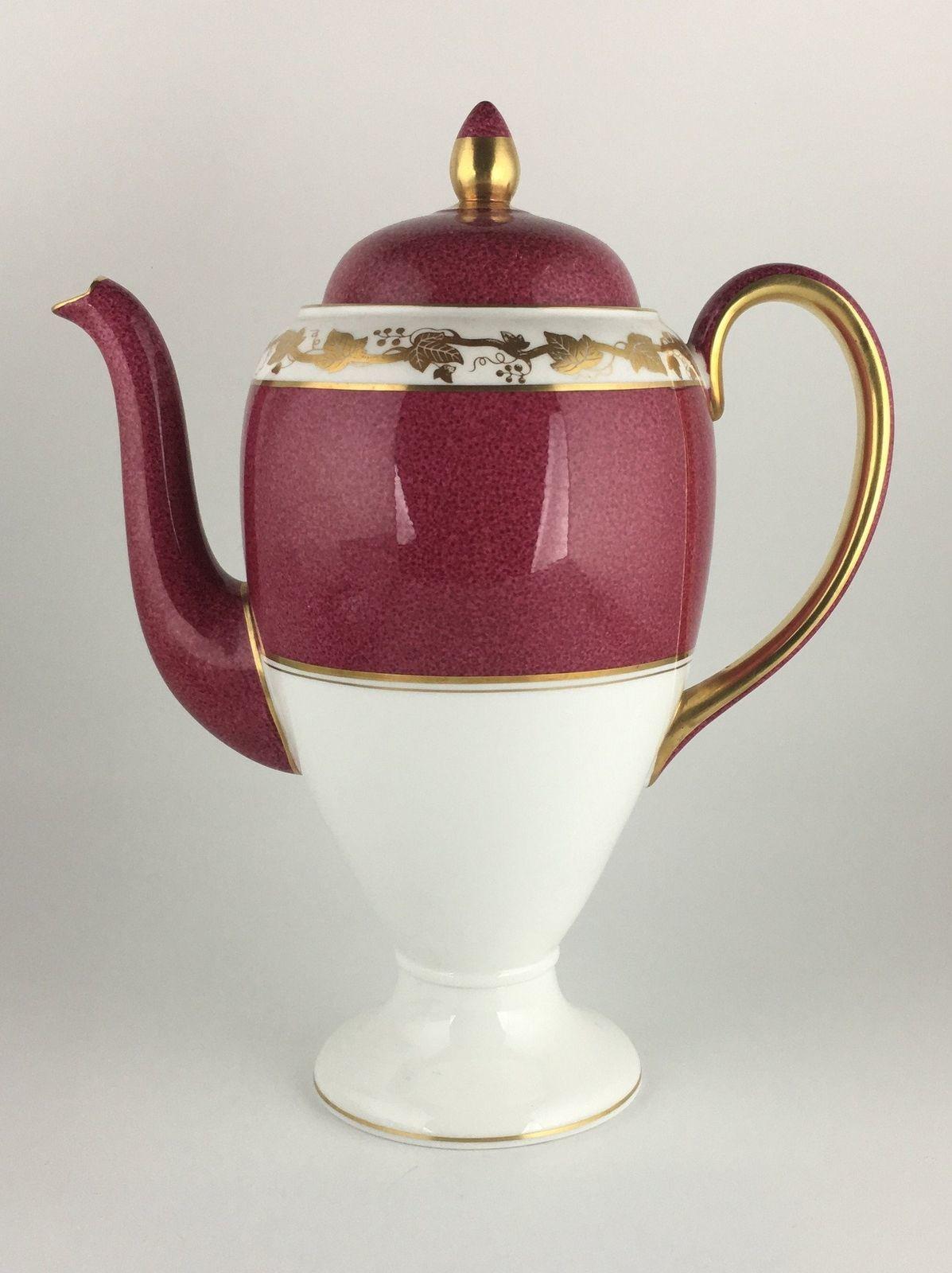 Wedgwood Whitehall Ruby W3994 Coffee pot & lid