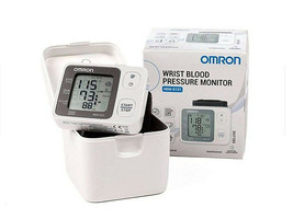 New Omron Wrist Blood Pressure Monitor HEM-6131 DELUXE for Accurate Meas... - $88.19