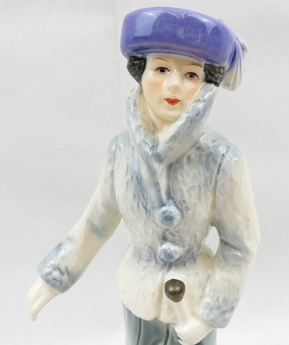 Vintage Goebel Porcelain Fashion Lady Figurine Strolling on the Avenue Germany