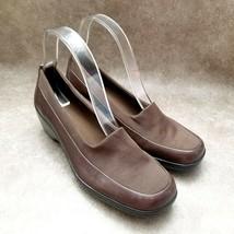 "Easy Spirit Womens Kenway  Size 8 Brown Slip On Loafer 2.5"" Heels - $19.99"
