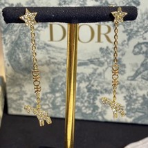 AUTH CHRISTIAN DIOR 2020 WHITE CRYSTAL DIORABLE GIRAFFE GOLD FINISH EARRINGS image 5