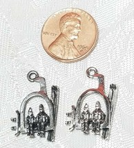 SKI LIFT WITH SKIERS FINE PEWTER PENDANT CHARM - 15mm L x 23mm W x 4mm D