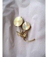 """Vintage Jewelarama gold tone double flower brooch pin 2.5"""" signed - $16.82"""