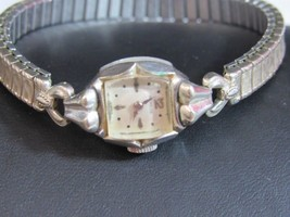 2 VINTAGE SWISS LADIES WATCHES, BENRUS 10K RGP, WHITNAUER 10K RGP - $45.00