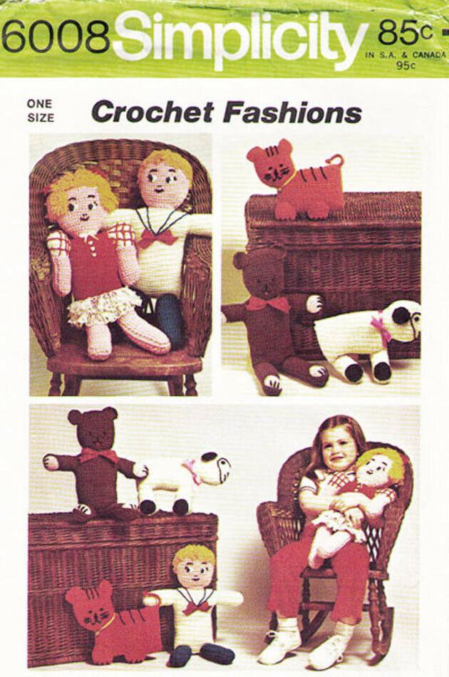 Vintage 1973 CROCHET DOLLS & ANIMALS: Bear-Tiger-Lamb  Pattern 6008-s - $10.00