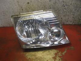 02 03 05 04 Ford Explorer oem passenger side right headlight assembly - $14.84