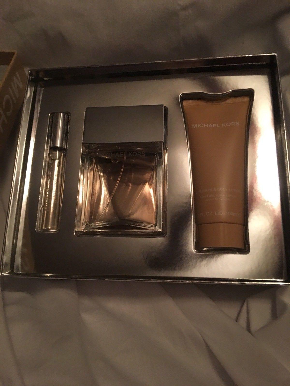 Michael Kors 3 Piece Gift Set Eau de Parfum Spray & Rollerball Fabulous Lotion