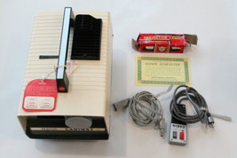Vintage Manon Cabimat 35mm Slide Projector with Remote - Excellent Condi... - $19.99