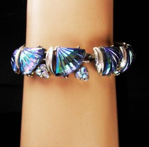 Vintage CORO Pegasus Bracelet - Carved AB Molded Seashell - aurora borea... - $75.00
