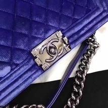 AUTHENTIC CHANEL ROYAL BLUE QUILTED VELVET MEDIUM BOY FLAP BAG SHW image 6