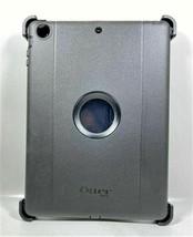 OTTERBOX Defensor Resistente Series Funda para Tablet, Negro - $31.53