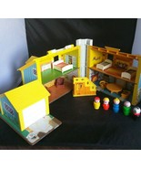 1969 FISHER PRICE Little People House Play Family Yellow  #952 people fu... - $92.57