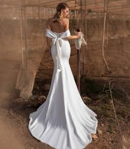New Soft Style Soft Luxury Satin Mermaid Bridal Gown with Crystal and Pearls image 4