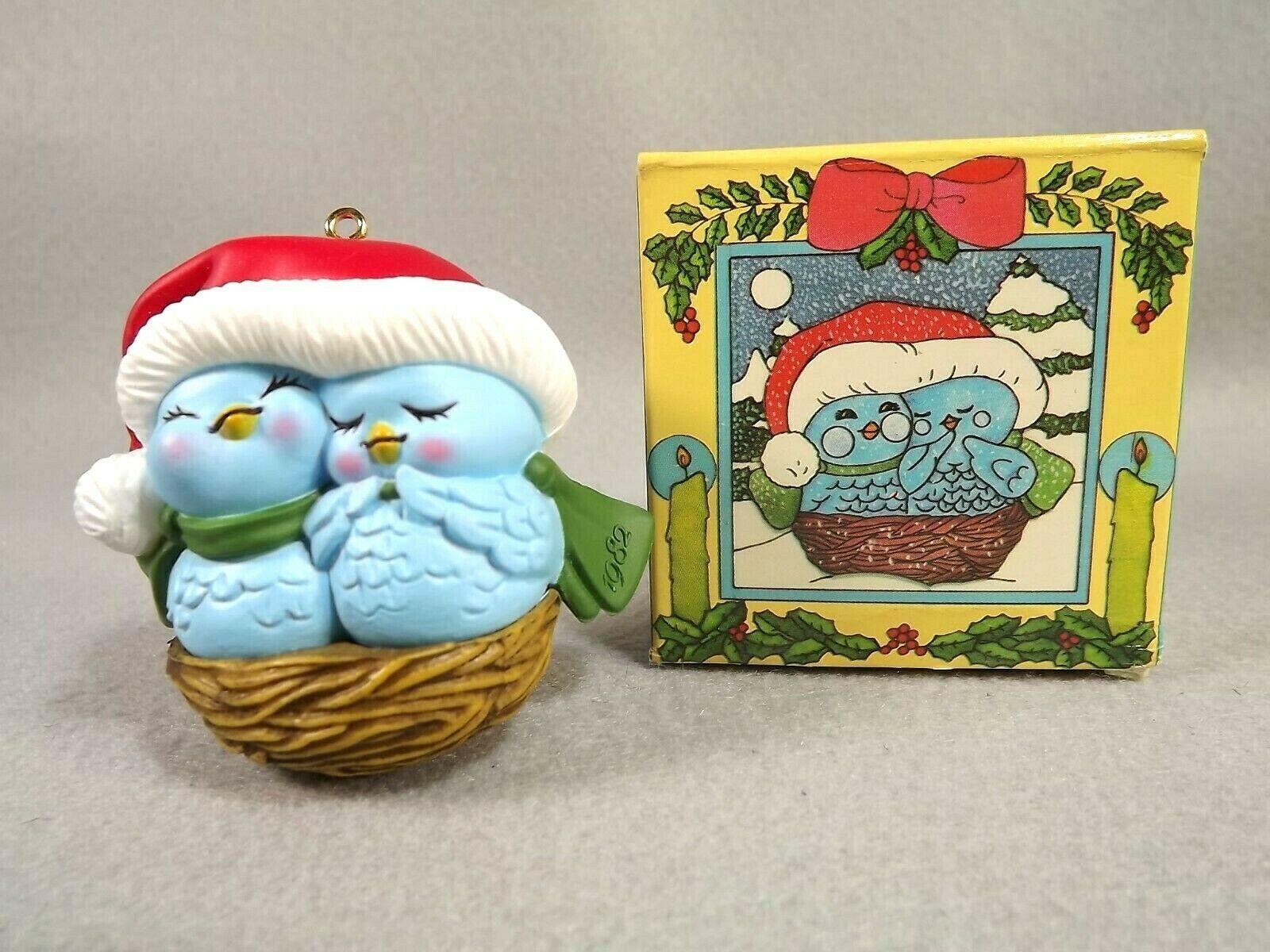Avon Christmas Ornaments Nestled Together Hoppy Holidays Winter Pals 1982-84