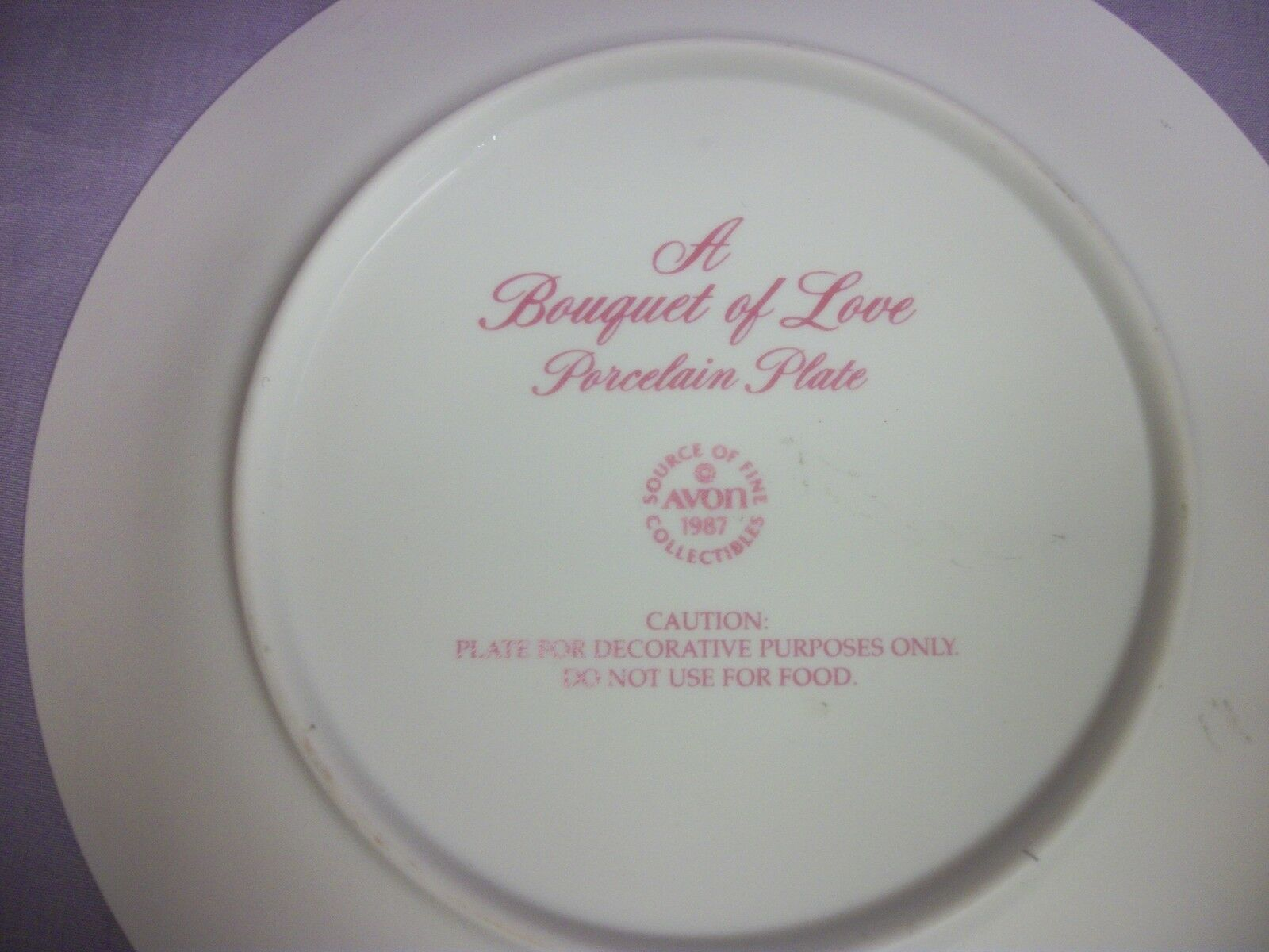"Avon 1987 ""A Bouquet of Love"" porcelain plate  7"""