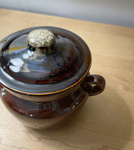 Vintage McCoy 9189 Pot with lid and handles image 3