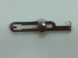 Singer Sewing Machine Screw In Seam Guide 161172 24743 - $11.54