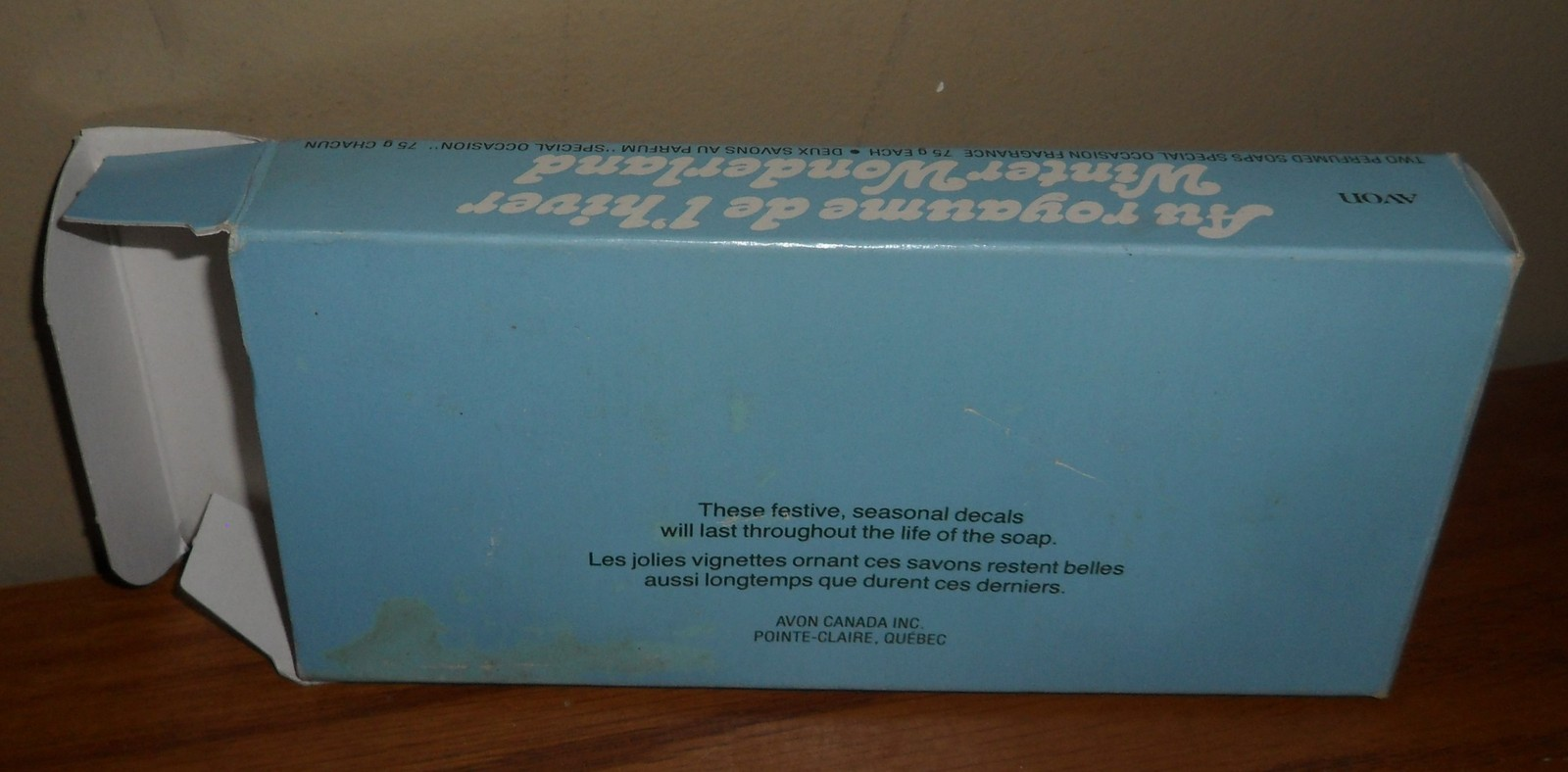Vintage Avon WINTER WONDERLAND 2 Perfumed SOAPS in Original Box & Styrofoam