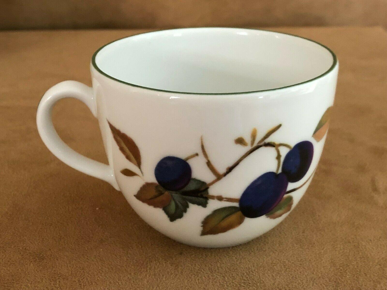 Set of 6 Royal Worcester Evesham gold fruit Cup and saucer lot coffee mug dish