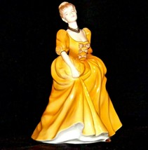 The Greeting Ladies of Fashion Figurine John Bromley AA-191692  Vintage