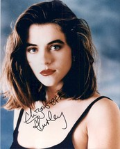Elizabeth Hurley Signed Autographed Glossy 8x10 Photo - $29.99
