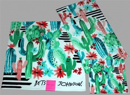 2 Betsey Johnson VERY Bright Blooming Cactus Floral Plush Velour Bath To... - $39.99