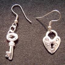 HEART LOCK & KEY EARRINGS-Silver Best Friends Love Charm Jewelry - $6.97