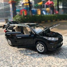2018 Toyota Highlander 1:32 SUV Diecast Metal Car Model Toy White Black Red Gray - $19.99