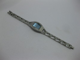 "Fossil F2 Silver Tone Ladies Bracelet Watch with Blue Face 6.25"" w/ Fres... - $29.69"
