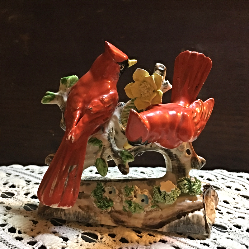 Set of Two Vintage Bird Figurines   CARDINALS &  BLUE JAYS Made  in Japan [55]