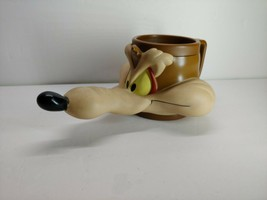 Vintage Wile E. Coyote Mug 1992 Warner Brothers Looney Tunes Wil-E Coyot... - $14.85