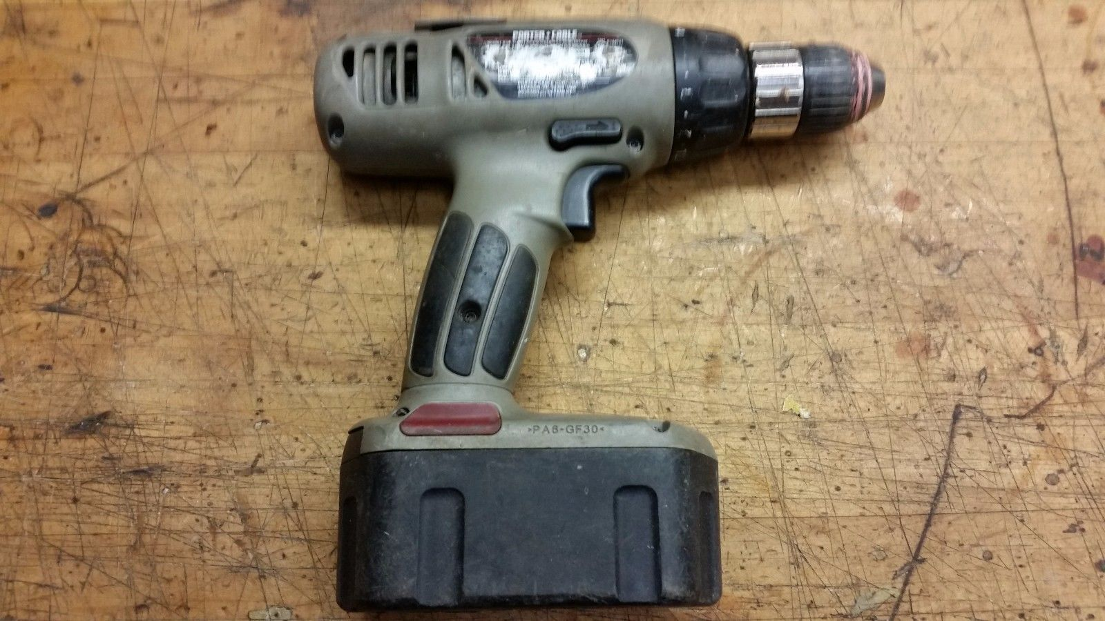 "Porter Cable 884 1/2"" Cordless 19.2 Volt Drill/Driver & 8823 battery UNTESTED"